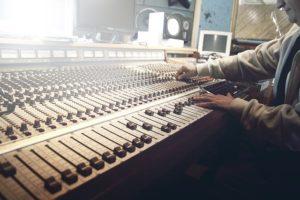 sound-studio-photo